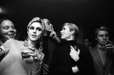 Steve Schapiro, Andy Warhol, Edie Sedgwick and Entourage, New York, 1965, collectie Hugo and Carla Brown