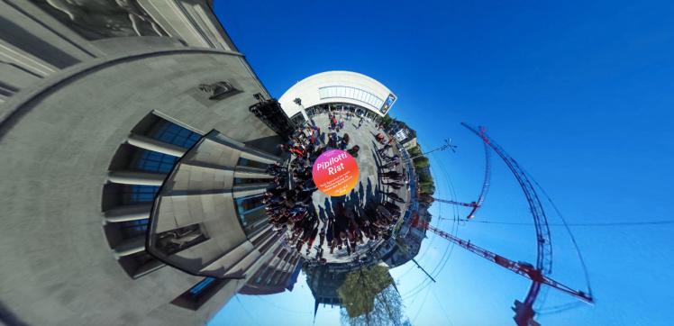 Pipilotti Rist 360°. Interaktiver Rundgang der Ausstellung «Dein Speichelist mein Taucheranzug im Ozean des Schmerzes» aus dem Jahr 2016